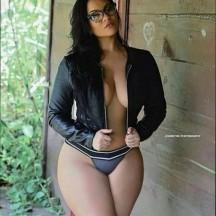Pamela25